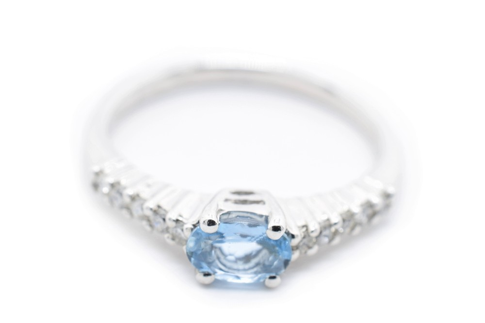 Gioia ring in diamond white gold and aquamarine